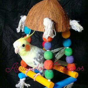 Brinquedo Casca de Coco Natural (Poleiro Balanço)